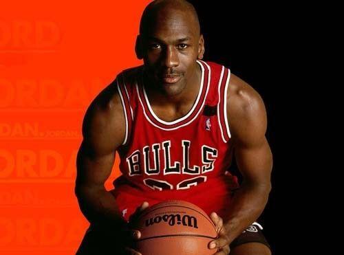 معلومات وحقائق عن مايكل جوردان ِهر لاعب كرة سلة أمريكي في التاريخ أفضل اللاعبين في تاريخ كرة السلة الدوري الأمريكي لكرة السلة