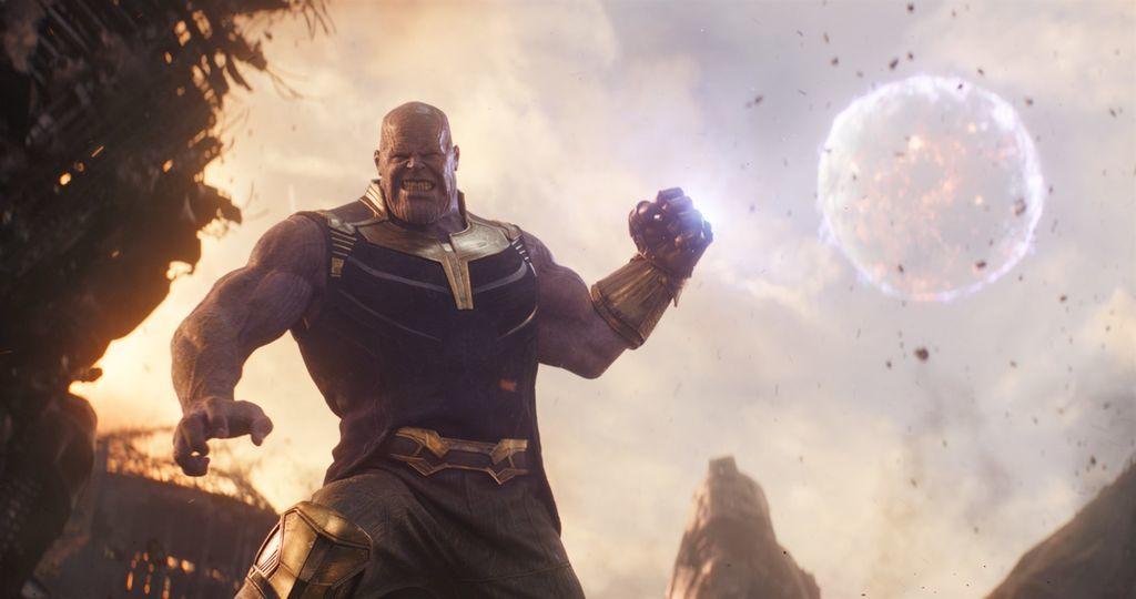 مراجعة فيلم المنتقمون: حرب لانهائية - Avengers: Infinity War قصة الفيلم الشهير المنتقمون أشهر وأجمل أفلام الأبطال الخارقين مارفل